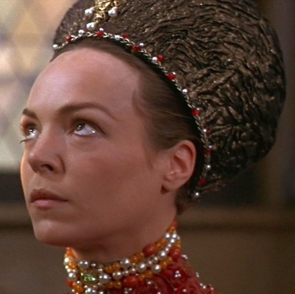 who is lady capulet in romeo and juliet-2